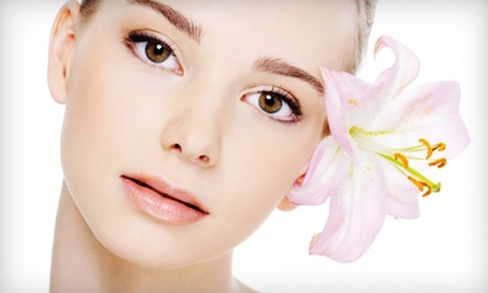 Lowcountry Plastic Surgery Center - Mount Pleasant: $99 for a Chemical Facial Peel at Lowcountry Plastic Surgery Center in Mount Pleasant (Up to $350 Value)