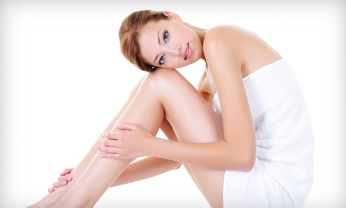 Laser Health Centre - Chilliwack Proper Village West: $139 for Three Treatments of LipoLaser at Laser Health Centre ($675 Value)