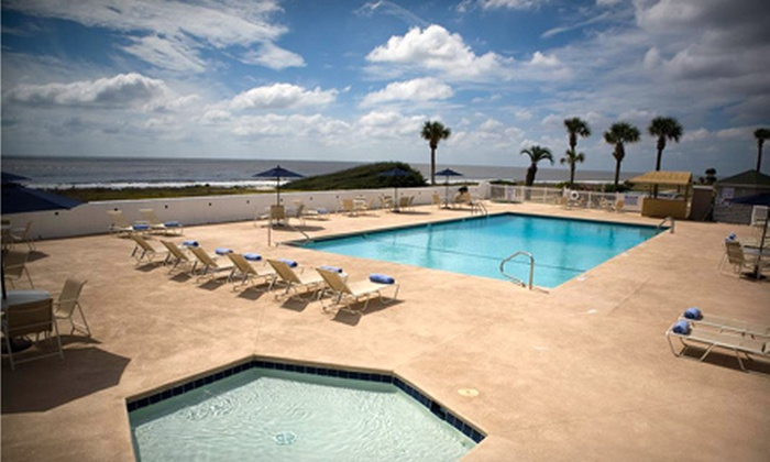 Oceanside Inn and Suites - Jekyll Island: Two- or Three-Night Vacation Package & Sea Turtle Adventure for Two Guests at Oceanside Inn and Suites on Jekyll Island