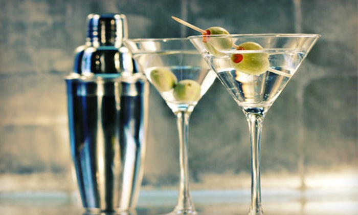 Rserving.com: Online Wine Course, Mixology Course, or Master Bartender Course from Rserving.com (Up to 52% Off)