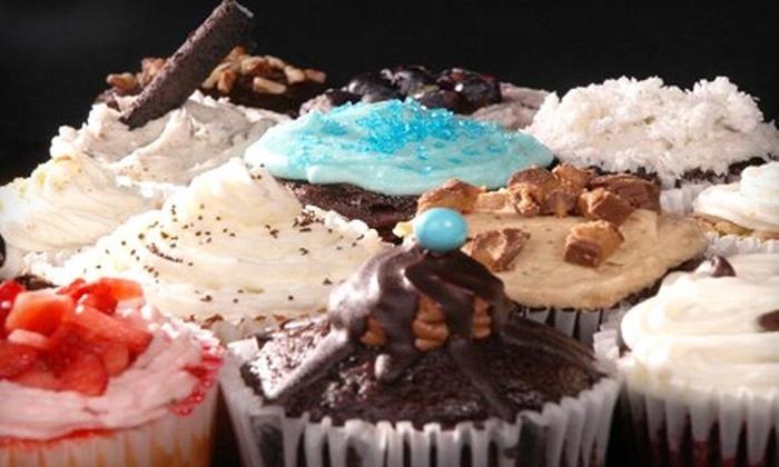 Viva la Cupcake - Raleigh Court: $10 for $20 Worth of Gourmet Cupcakes at Viva la Cupcake