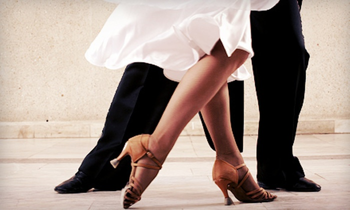 Salsaville Dance Studios - Multiple Locations: $39 for a Couple's Introductory-Class Package at Salsaville Dance Studios ($90 Value)