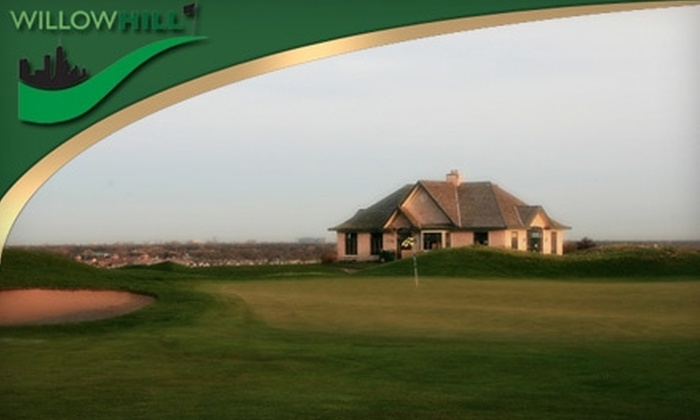 Willow Hill Golf Course - Glenview: $50 for $100 Worth of Driving Range Golf Balls or $140 for a Golf Evaluation ($360 value) at Willow Hill Golf Course in Northbrook