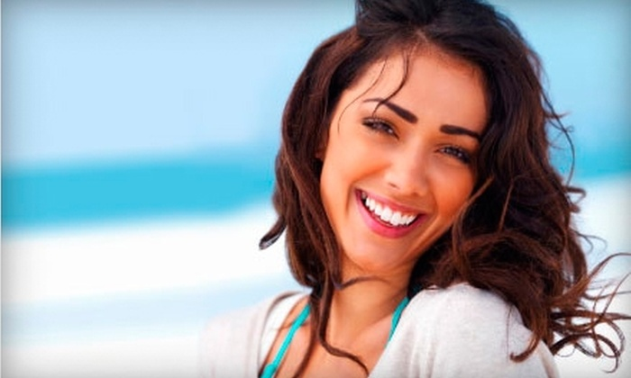 Weiss, Waldee & Associates DDS - Plantation: $89 for a Take-Home Teeth-Whitening Kit, Plus Exam and Fitting, at Weiss, Waldee & Associates DDS in Plantation ($425 Value)