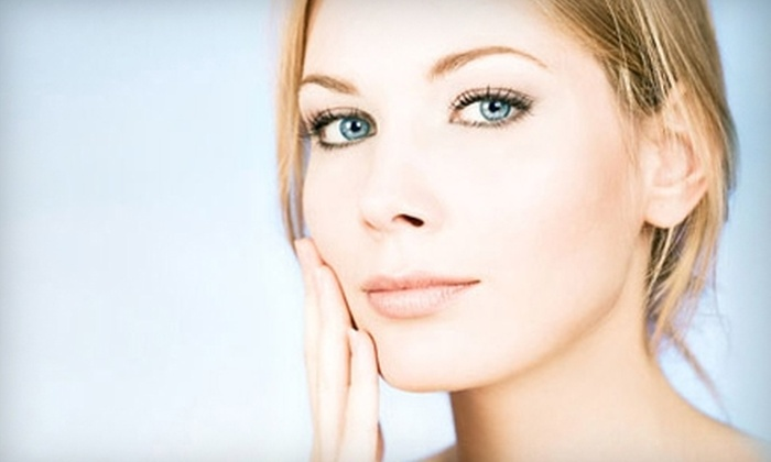 Salon Zeo - Minneapolis / St Paul: $60 for Skin-Renewing Facial and Peel at Salon Zeo in Vadnais Heights ($120 Value)