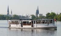 45 Min. historische Alsterrundfahrt mit dem Dampfschiff für 1-4 Personen mit Alsterdampfschifffahrt (bis 38% sparen*)