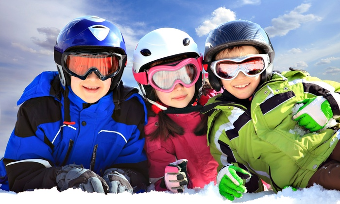 Sundown Mountain - Dubuque: Beginner Ski or Snowboard Package for One or Two at Sundown Mountain (Up to 50% Off)