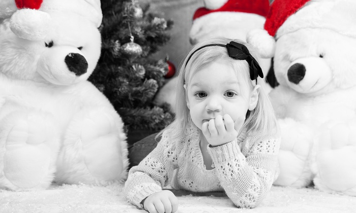 Shaker Photo Studios - Buckeye - Shaker: 60-Minute Professional Holiday Photo Session from Shaker Photo Studios (70% Off)
