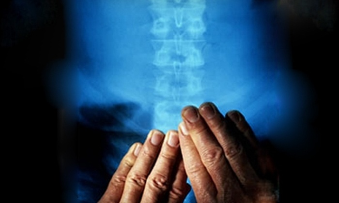 Mid-America Spine & Rehab - Saint Louis: $15 for a 30-Minute Hydro-Table Massage and Spine Analysis at Mid-America Spine & Rehab in Des Peres (Up to $88 Value)