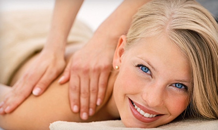 Massage Advantage - Multiple Locations: $34 for 60-Minute Custom Massage and Consultation with Pain/Stress-Management Package at Massage Advantage ($99 Value)