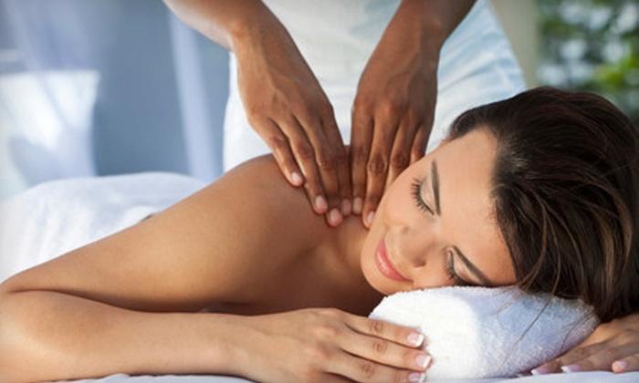 Le Posh Salon and Spa - Hollywood: 60-Minute Swedish Massage or Signature Spa Mani-Pedi at Le Posh Salon and Spa (51% Off)
