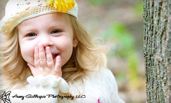 Amy Gillespie Photography - Downtown: $49 for a Photo Session with Amy Gillespie Photography, Including Three Prints (Up to $244 Value)