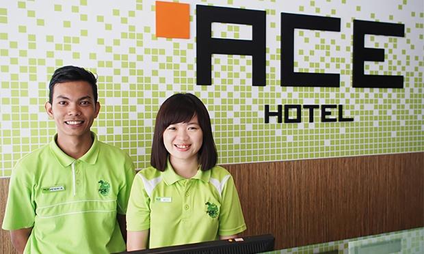 Batam: ACE Hotel + Ferry + Tour 3