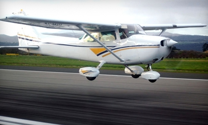 Delaware Aviation Center - New Castle: $49 For a One-Hour Discovery Flight Lesson at Delaware Aviation Center ($99 Value)