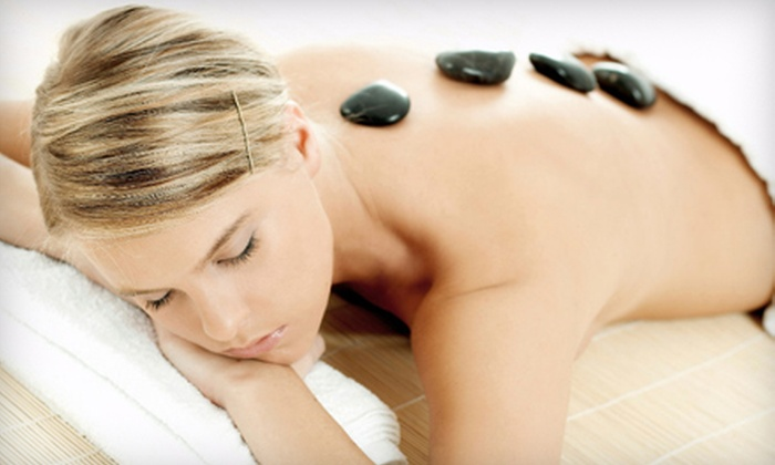 Etre Vivant - Omaha: 60- or 90-Minute Hot-Stone Massage or 75-Minute Aromatherapy Exfoliation Treatment at Etre Vivant (Up to 51% Off)