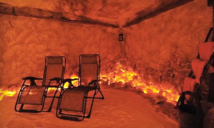 Salt Cave - Goodlette Corners: $22 for a 45-Minute Salt-Therapy Session at Salt Cave ($45 Value)