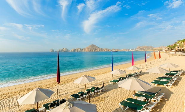 Beachfront Resort In Cabo San Lucas