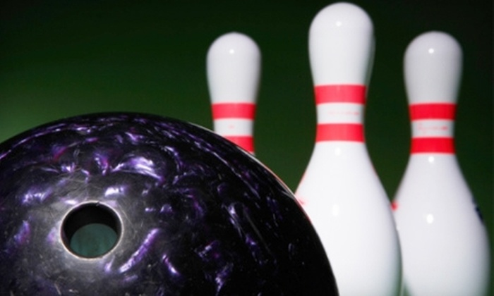 Drkula's 32 Bowl - Inver Grove Heights: $15 for Lane and Shoe Rental for Up to Six, Plus a Pitcher of Pop at Drkula's 32 Bowl in Inver Grove Heights (Up to $35 Value)