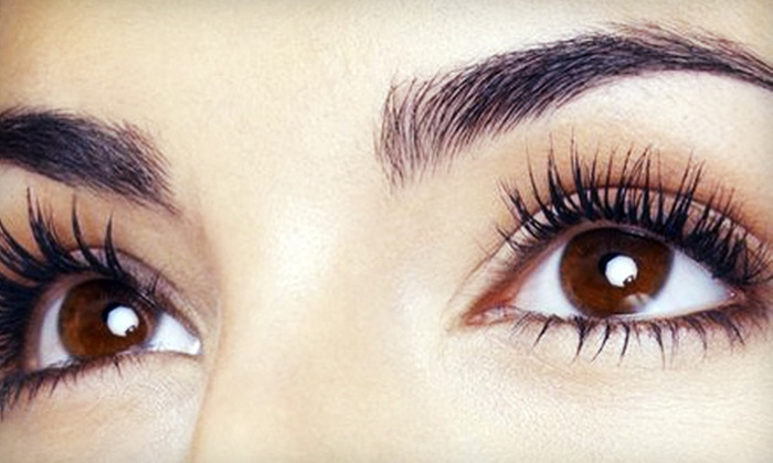 Alichia Ryan - Centennial: $99 for an Initial Set of Eyelash Extensions from Alichia Ryan in Centennial (Up to $350 Value)