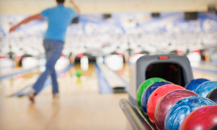 Oil Bowl Lanes - Longview: $16 for Bowling Outing for Four at Oil Bowl Lanes in Longview (Up to $46.25 Value)