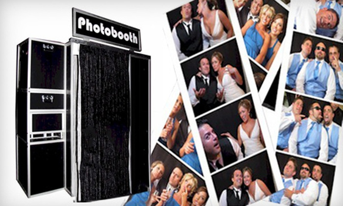 Sound Storms Entertainment - Abacoa: $299 for a Four-Hour Photo-Booth Rental from Sound Storms Entertainment ($600 Value)