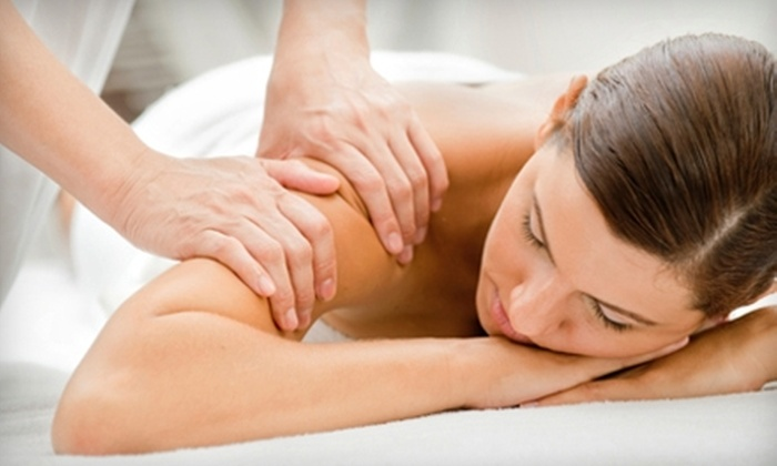 Relaxa Massage - Monona: $35 for a One-Hour Massage at Relaxa Massage ($70 Value)