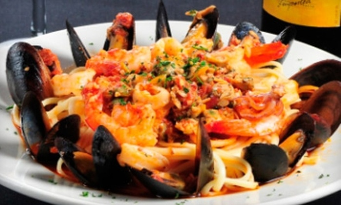 Mamma's Cucina - Hoes Heights: $10 for $20 Worth of Italian Cuisine and Drinks at Mamma's Cucina