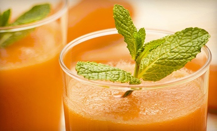 $15 for $30 Worth of Smoothies and Vegan Café Food at Fresh Mama