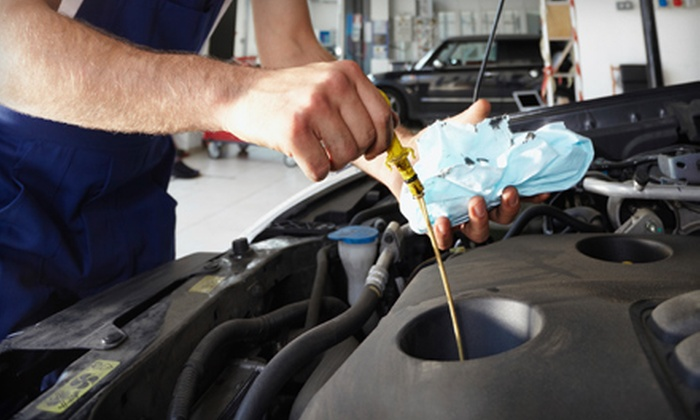 Auto Service Express - Bellaire: Standard Oil Change or Oil-Change Package at Auto Service Express in Bellaire (Up to 65% Off)