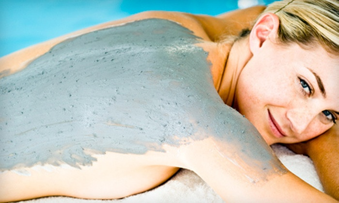Qi Spa - Northwest Washington: Seaweed Detox Wrap With or Without Infrared-Sauna Wrap at Qi Spa (Up to 55% Off)