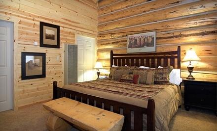 Greer Lodge Resort & Cabins: Log Motel Room for Up to 4 Guests - Greer Lodge Resort & Cabins in Greer