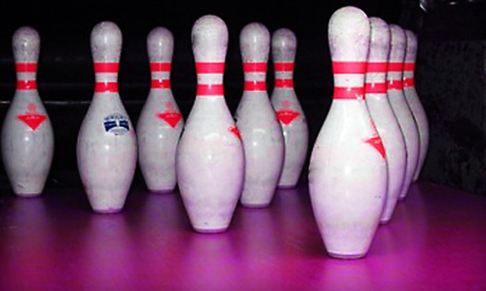 Park Lanes Family Entertainment Center  - Hillsboro: $25 for a Bowling Outing for Up to Six at Park Lanes Family Entertainment Center in Hillsboro (Up to $75 Value)