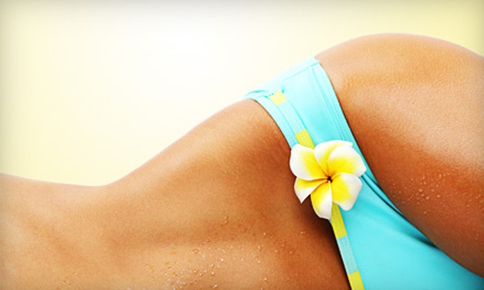 Le Magnifik - Baldwin Park: One or Three Spray Tans at Le Magnifik (Up to 61% Off)