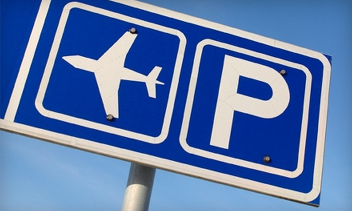 Hampton Inn Dulles Airport South - Chantilly: $20 for Up to 14 Days of Parking with Free Shuttle Service at Hampton Inn Dulles Airport South in Chantilly (Up to $140 Value)