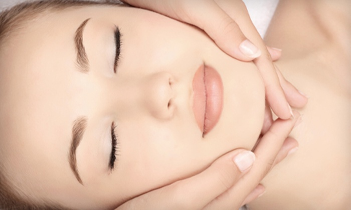 Salon Escape St. Louis - Chesterfield: $69 for Spa Package with Signature Facial and Dermalogica Thermal-Body-Polish Treatment at Salon Escape ($145 Value)
