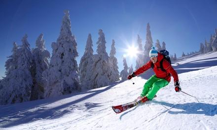 ThreeHour Fast Track Ski or Snowboard Lesson at Swadlincote Ski Centre