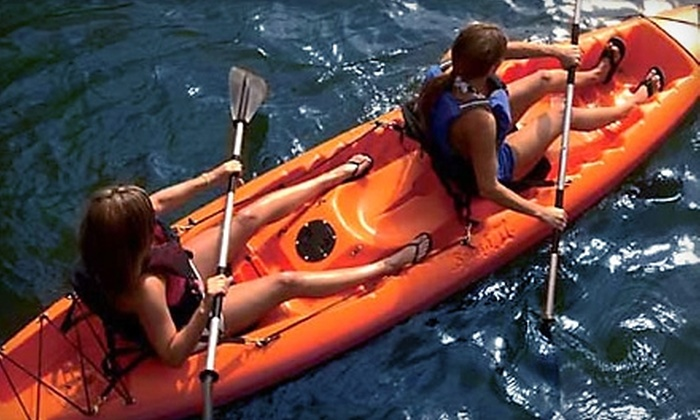 Buena Vista Watersports - Tampa Bay: $12 for a One-Hour Kayak or Paddleboard Rental from Buena Vista Watersports at Paradise Cove ($26 Value)