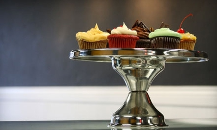 Batch Cupcakery - Newlands Heights: $7 for a Half Dozen Cupcakes at Batch Cupcakery (Up to $16.50 Value)