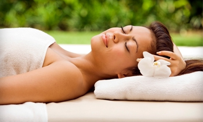 A New U Day Spa - Arrowhead Meadows Association: $35 for an Aromatherapy Body Wrap at A New U Day Spa in Chandler ($75 Value)