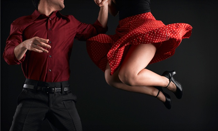 Uptown Swing - Minneapolis: $20 for Four Weeks of Swing-Dance Lessons at Uptown Swing (Up to $40 Value)