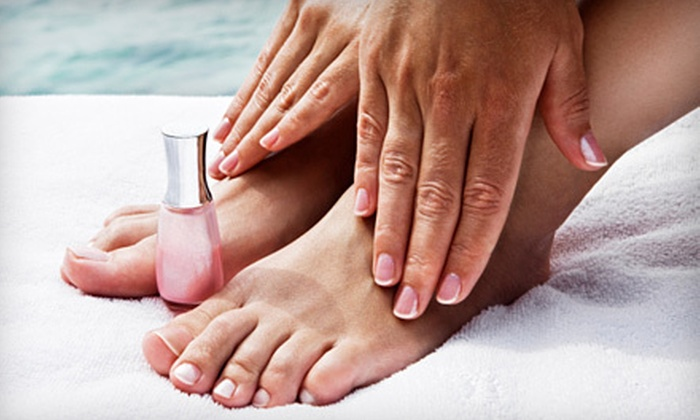 Bella Bliss Salon and Spa - Metairie: $25 for Manicure and Peppermint-Eucalyptus Pedicure at Bella Bliss Salon and Spa in Metairie ($60 Value)