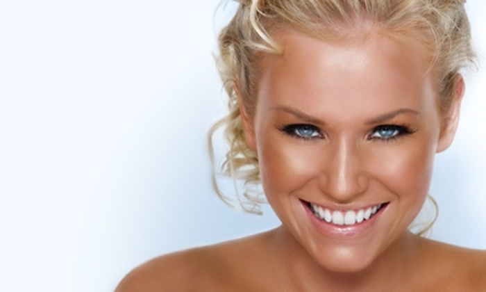 Tans on the Glow - Asheville: $25 for an Organic Spray Tan from Tans on the Glow ($55 Value)