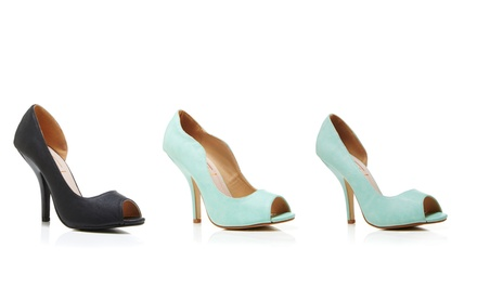 Mia Pumps | Brought to You by ideel