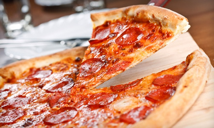 Pizza Bar - Downtown Miami: $15 for a Pizza Meal with Beer for Two  at Pizza Bar (Up to $31.99 Value)