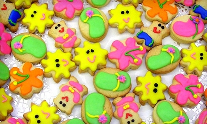 Creative Cookies - New Orleans: $11 for a 12-Inch Custom-Designed Cookie Platter from Creative Cookies in Slidell ($22 value)