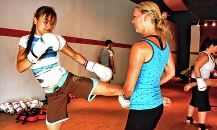 UMTBC Lifestyle Center - Ottawa Lifestyle Center: 5 or 10 Introductory Muay Thai Kickboxing Classes at UMTBC Lifestyle Center (Up to 75% Off)