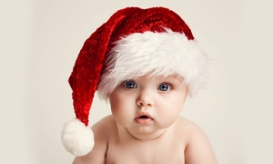 The Picture House: £15 for a Christmas Family Photoshoot with Ten Cards at The Picture House (95% off)