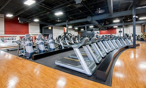 Gold's Gym Ville Saint-Laurent: One or Three-Month Unlimited Gym Access and Fitness Classes at Gold's Gym Ville St-Laurent (Up to 84% Off)