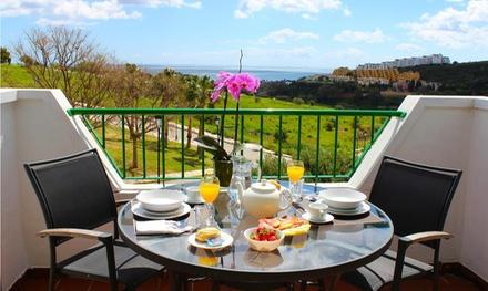 Manilva: 1, 2, 3, 5 o 7 noches en apartamento para hasta 4 personas con desayuno en Apartamentos Manilva Sun