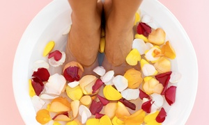 Good Foot Spa: $19 for a 60-Minute Reflexology Treatment with Massage and Foot Detox at Good Foot Spa ($49 Value)